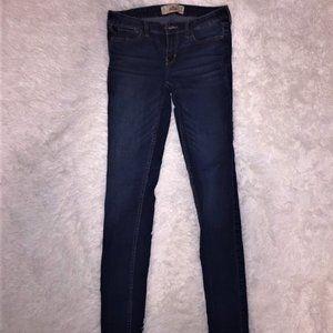 Women's Hollister Skinny Jeans Size 7L.
